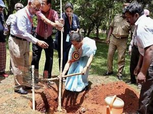 Planting Tree during Silver Jubilee Reunion (1993 batch)
